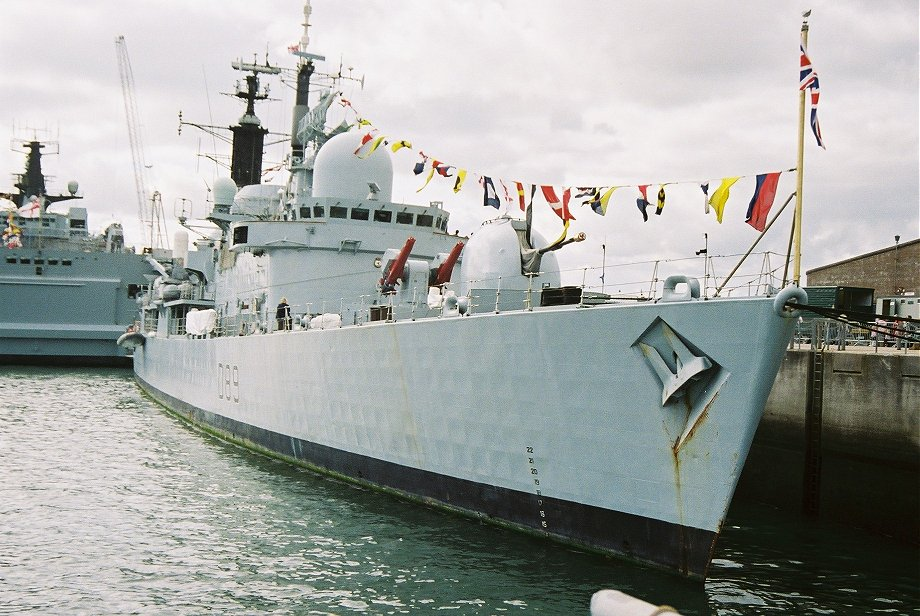 Type 42 destroyer, H.M.S. Exeter at Plymouth Navy Days 2006